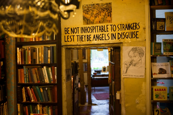 Shakespeare and Company bookshop, Paris[https://bookscombined.files.wordpress.com]